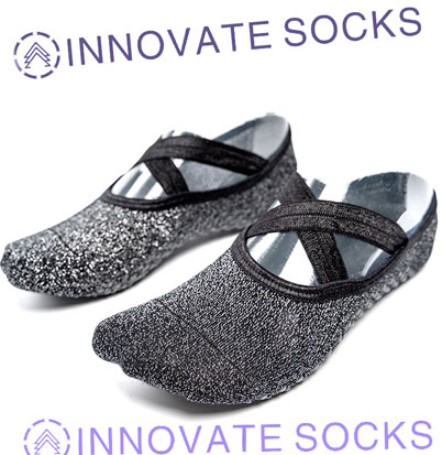 Yoga Socks With Grips&Straps