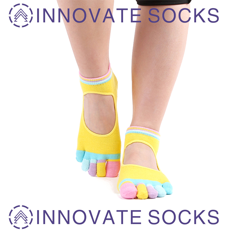 5 Toes Unisex Non Slip Grips Cotton Yoga Socks For Pilates